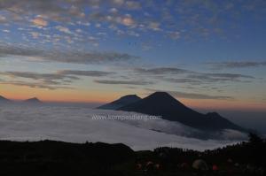 Paket Wisata Gunung Prau