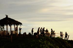 Bukit Sikunir bisa dikatakan sebagi view sunrise terbaik